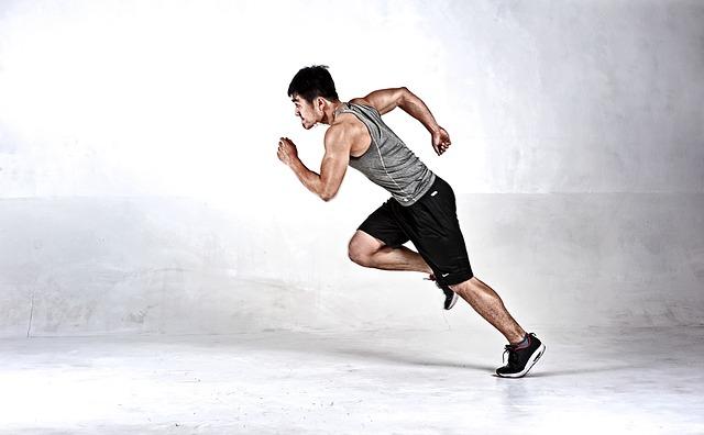 běžící mladík.jpg