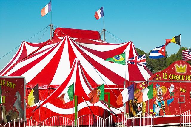 cirkusový stan