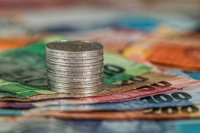 Peníze na hromadě